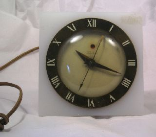 Vintage Wonderful Art Deco Lucite Clock C19 photo