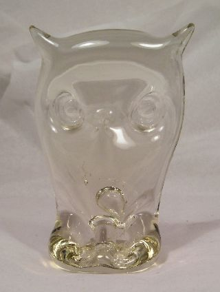 Vintage Art Glass Owl Q20 photo