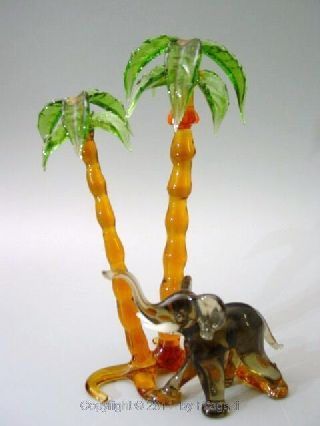 Art Deco Vintage Bimini Art Glass Figurine Elephant With Palmtree´s Lauscha photo