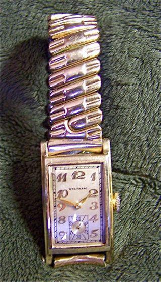 14k Gold Waltham~art Deco Curvex~ladies/men ' S Dress Watch~orig Gf Expansion Band photo