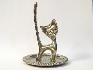 Art Deco Seba Walter Bosse Inspired Silver Plated Cat On Silver Plated Pin Plate photo