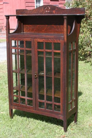 Early Limbert China Cabinet No.  412; Estate Fresh,  Best Style In Arts & Crafts photo