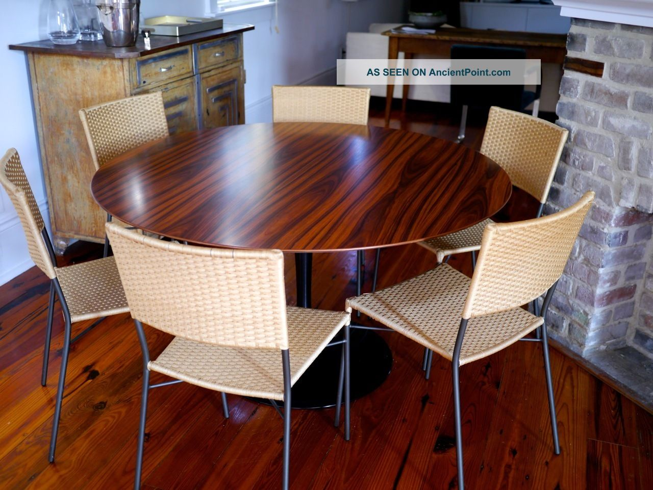 Knoll Authentic Saarinen Dining Table Top Rosewood - 54 saarinen table