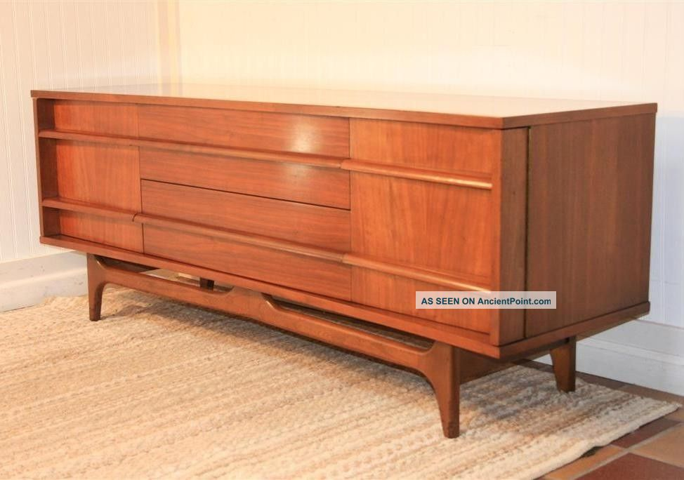 Vtg Mid Century Modern Low Walnut Curved Credenza Sideboard Danish Kagan Style Post-1950 photo