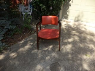 Retro Gunlocke Chairs Danish Style Stackable Orange 4 Matching Available Midcent photo