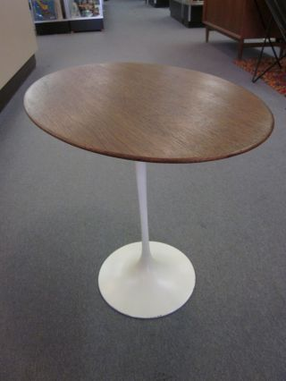 Eero Saarinen For Knoll Tulip Based Walnut Oval Side Table photo