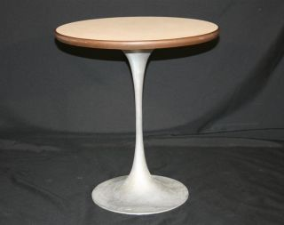 Mid Century Modern Metal Tulip Base Occasional Side Table Saarinen Burke Style photo