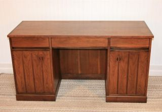 Vtg Mid Century Modern Walnut & Rosewood Kneehole Desk By Stanley Table Danish photo