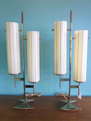 Excellent Pair Of Laurel Brass Walnut + Plastic Table Lamps C1960s photo
