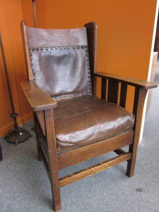 Wonderful Mission Arts & Crafts Oak + Leather Armchair C1910 photo
