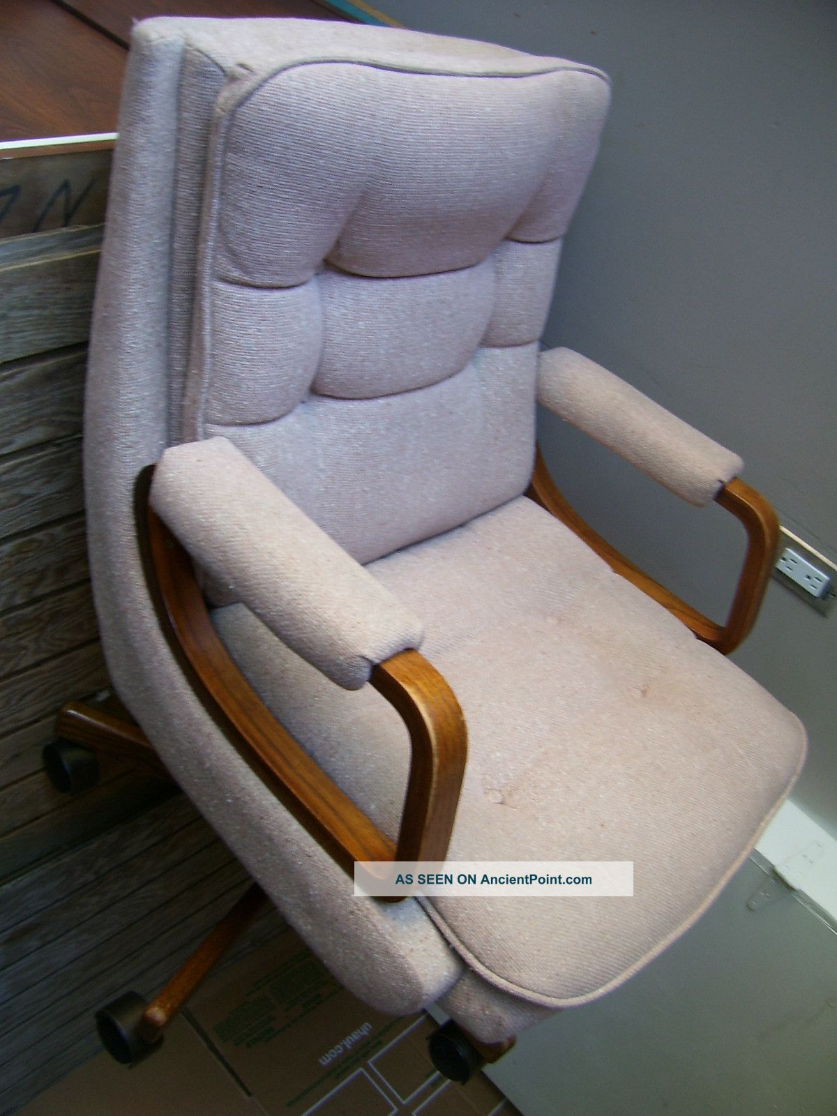 Modern Curve Oak Wood La Z Boy Cushion Beige Rose Swivel Office Chair . Full resolution‎  picture, nominally Width 1200 Height 1600 pixels, picture with #63432C.