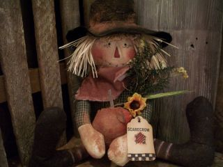 Primitive Scarecrow Doll == Weighted==pumpkin==sunflower ==16 X 5 In.  == photo