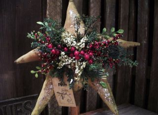 Primitive Large Folk Art Star Bobbin ==christmas Floral == 13 X 12 In.  == photo