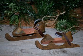 2 Rusty Tin & Wood Ice Skates - - - Primitive Ornaments - - - 6