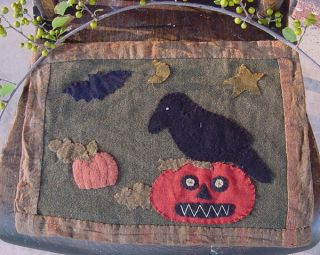 Small Hand Stitched Table Quilt Or Wall Hanging Fall Theme photo