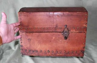 Rare C.  1850 Dome Wood Deerskin Covered Tacked Small Horse Carriage Travel Trunk photo