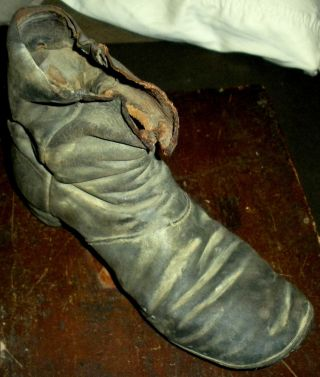 Antique Primitive Early1800s Leather Boot Shoe Found Massachusets Military? Vafo photo
