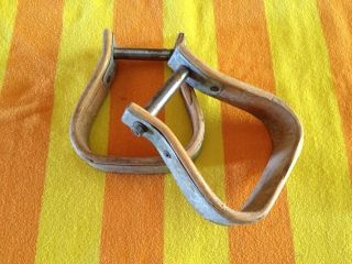 Vintage Pair Antique Wood And Metal Horse Saddle Stirrups (western Tack) photo