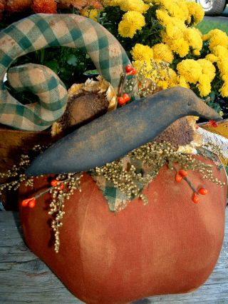 Primitive Curly Top Pumpkin~sunflowers~crow photo
