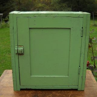 Primitive Old Wood Cubby Wall Medicine Cabinet Shelf Old Green Paint photo