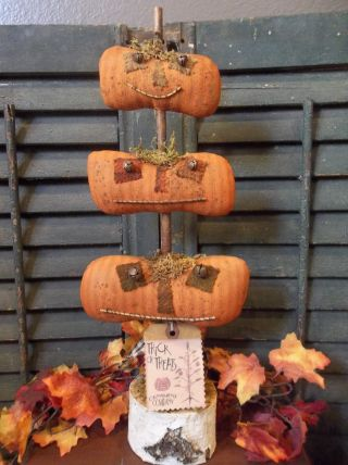Primitive Halloween Decoration - Stack Of Jack - O - Lanterns On Birch Branch photo