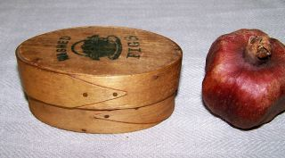 Ca Late 19th C Shaker Style Small Oval Wooden Box,  Marked ' Washed Figs ' photo