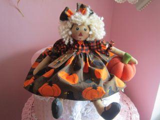 Collectiblle Fall Harvest Pumpkins & Black Crows Round Head Raggedy Ann Doll photo
