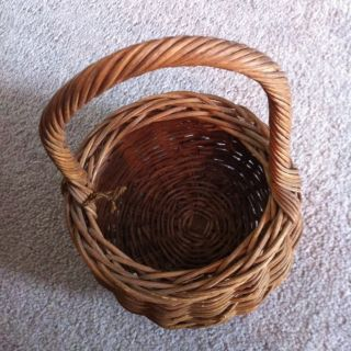 Primitive Antique Pot Belly Basket 6