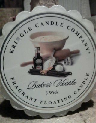 Kringle Candle Co.  3 Wick Floating Candle photo