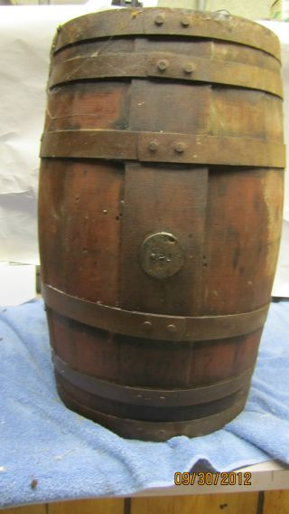 Vintage Wooden Wood Whisky / Wine Keg Barrel photo