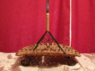 Antique Primitive Basket - L@@k photo
