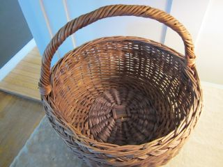 Primitive Old Farm Gathering Basket.  Size With Handle. photo