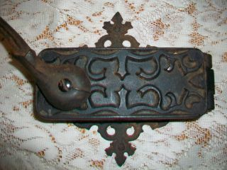 Universal Dazey Americana Cast Iron Wall Mount Can Opener photo