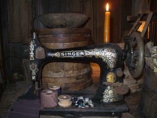 Olde Primitive Singer Sewing Machine Candle Make - Do Gathering photo
