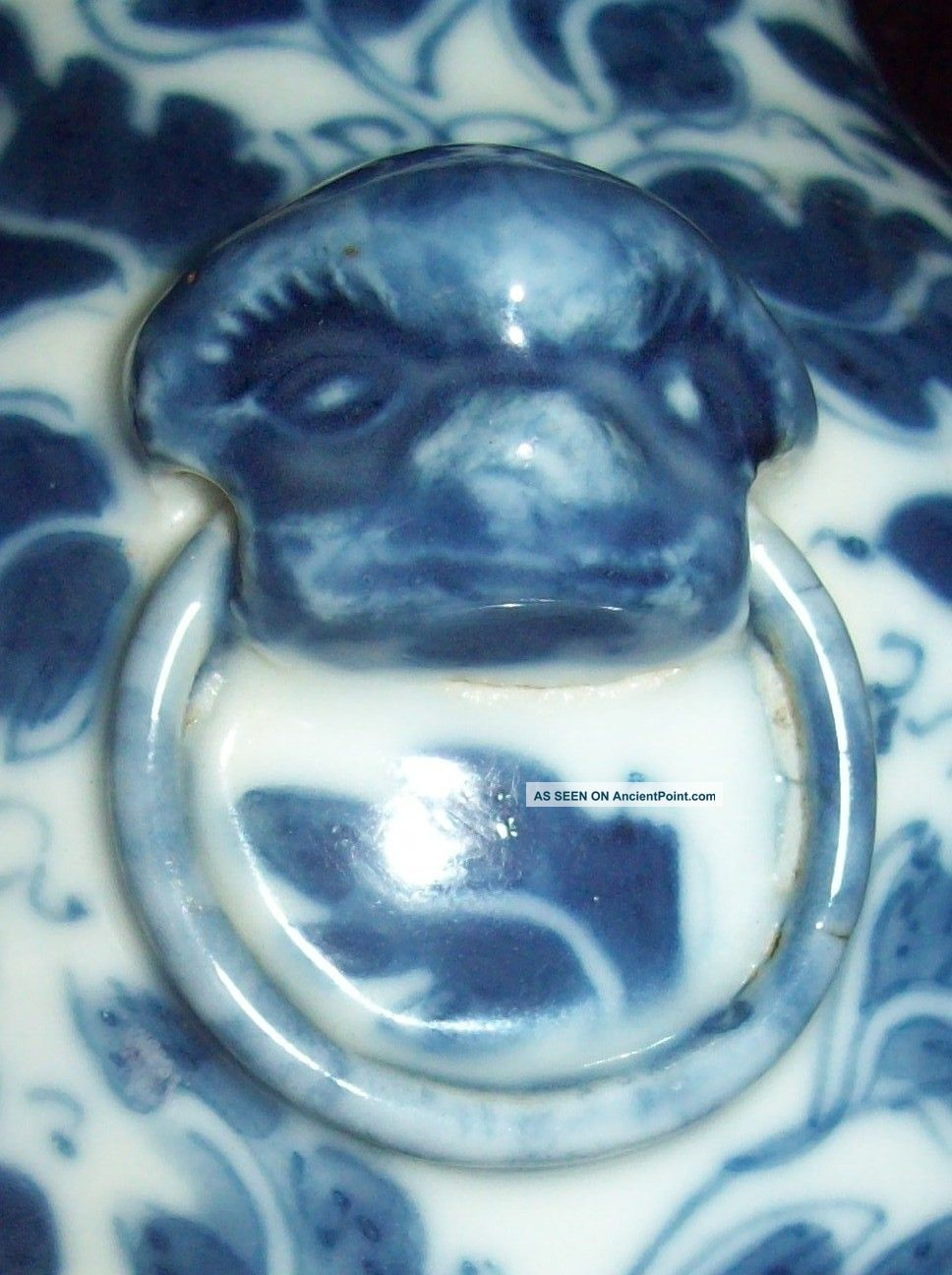 Lovely 19thc blue white chinese ming dynasty xuande mark period lovely 19thc blue white chinese ming dynasty xuande mark period porcelain vase reviewsmspy