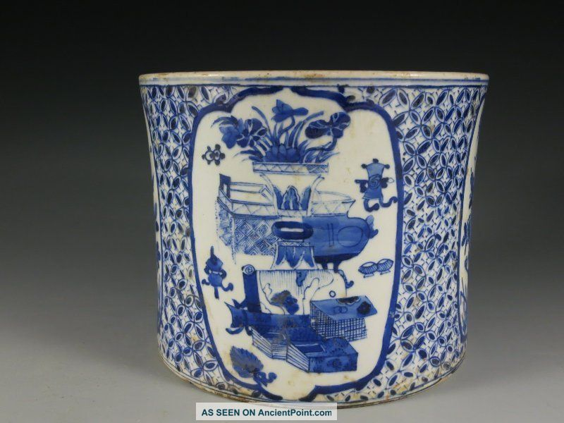 A Stunning Chinese Blue And White Porcelain Brush Pot Vases photo