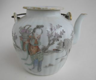 A Small Antique Chinese Porcelain Teapot Light Canton photo