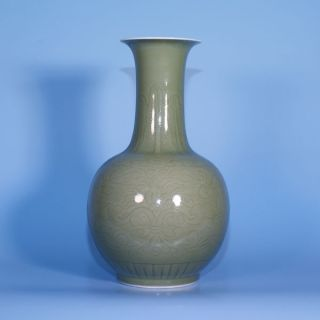 A Perfect Chinese Porcelain Celadon Glazed Vase From Ca 1900 photo