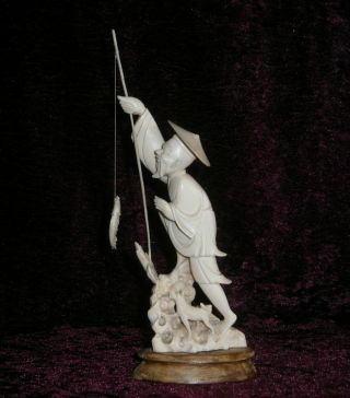 Large Antique Chinese Finely Carved Bone Fisherman - photo