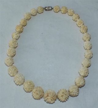 1920 ' S Quality Chinese Ox Bone Necklace Carved Rosebuds41cm 16