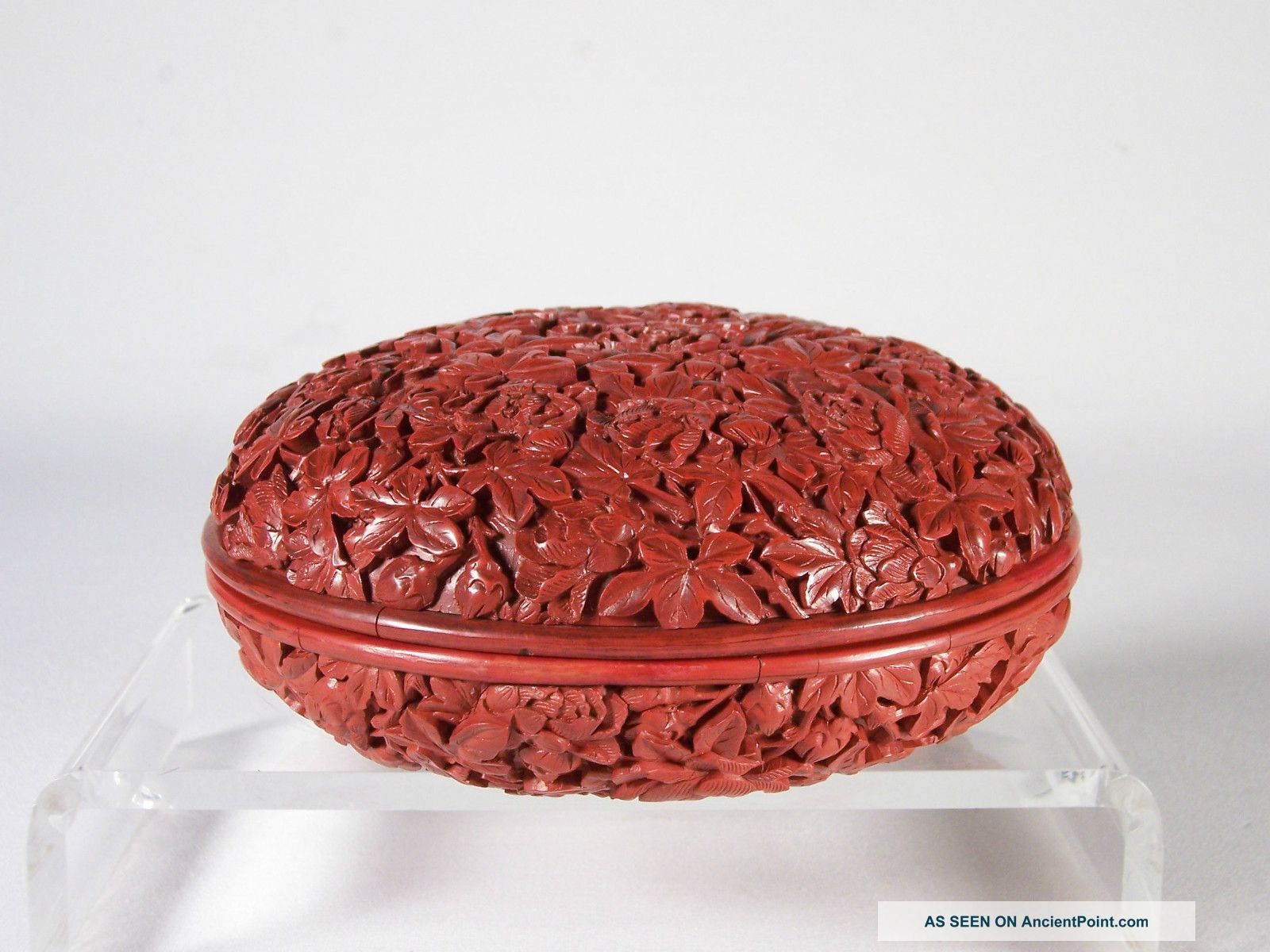 Fabulous 18c Chinese Carved Cinnabar Lacquer Floral Box Of The Finest Quality Boxes photo