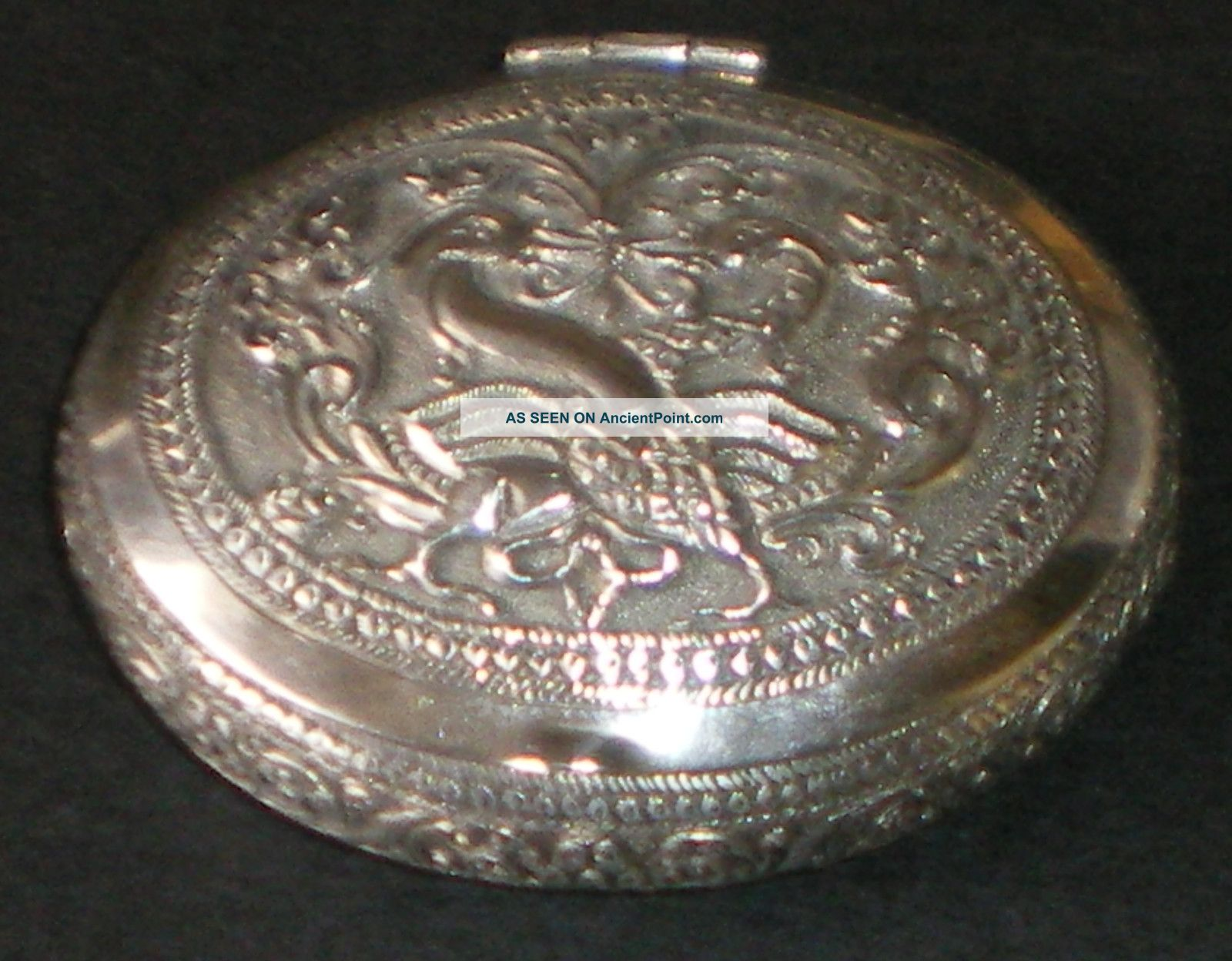 Vintage Solid Silver Indian Snuff Or Tobacco Box Betel Nut Kutch Nr Boxes photo