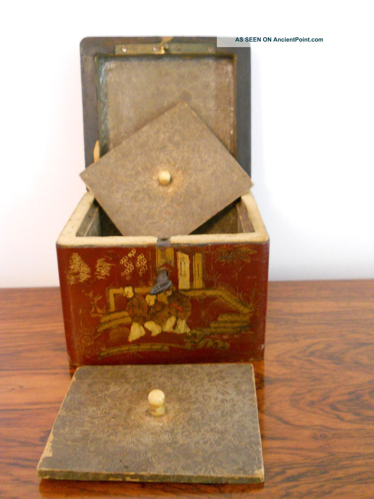 Small Cubed Lacquered Chinese Tea Caddy Boxes photo
