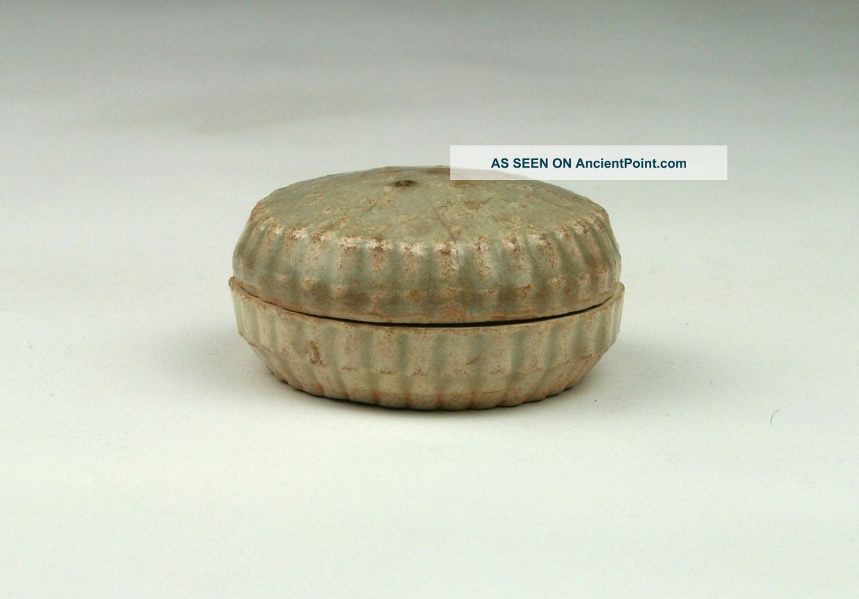 Antique Chinese Song /yuan Qingbai / Yingqing Floral Shaped Covered Cosmetic Box Boxes photo