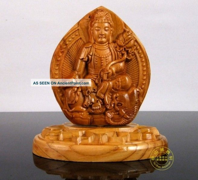 Chinese Peach Wood Carved Buddha Kwan - Yin Dragon Statue Sculpture Amulet Netsuke Buddha photo