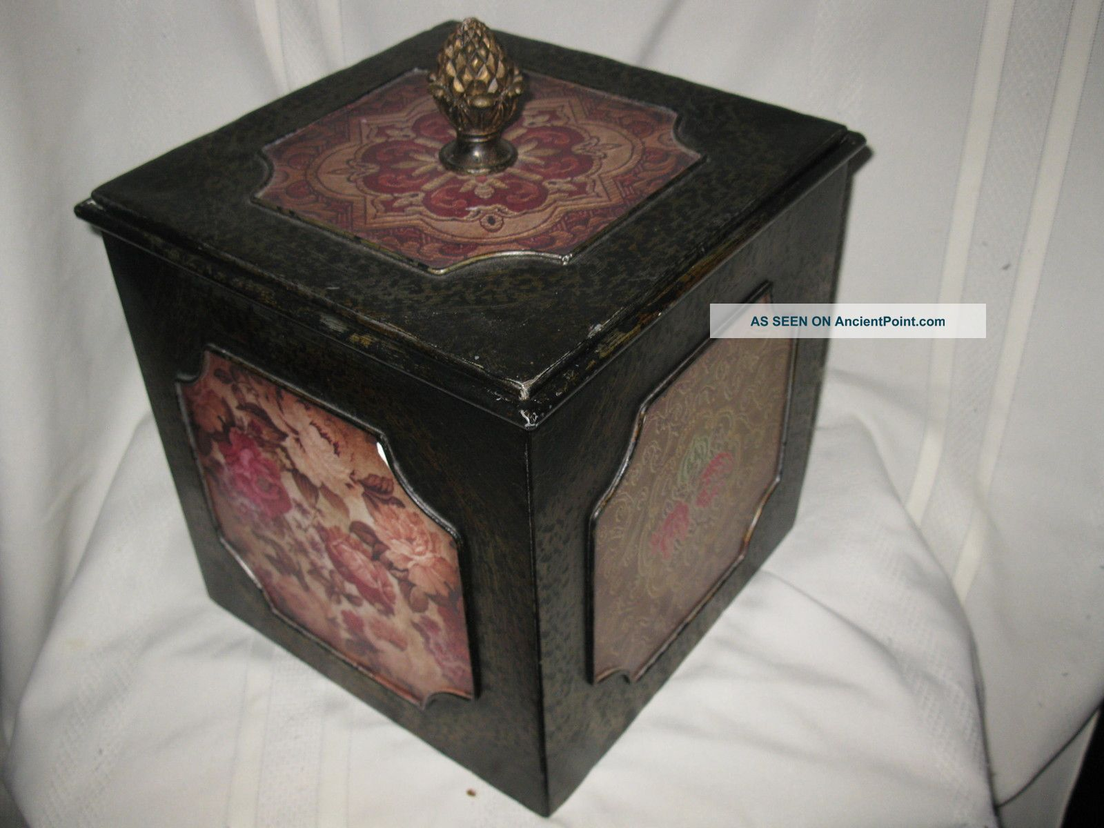 Heavy Tin Vintage Box With Chinese Patterns Inlaid. Boxes photo