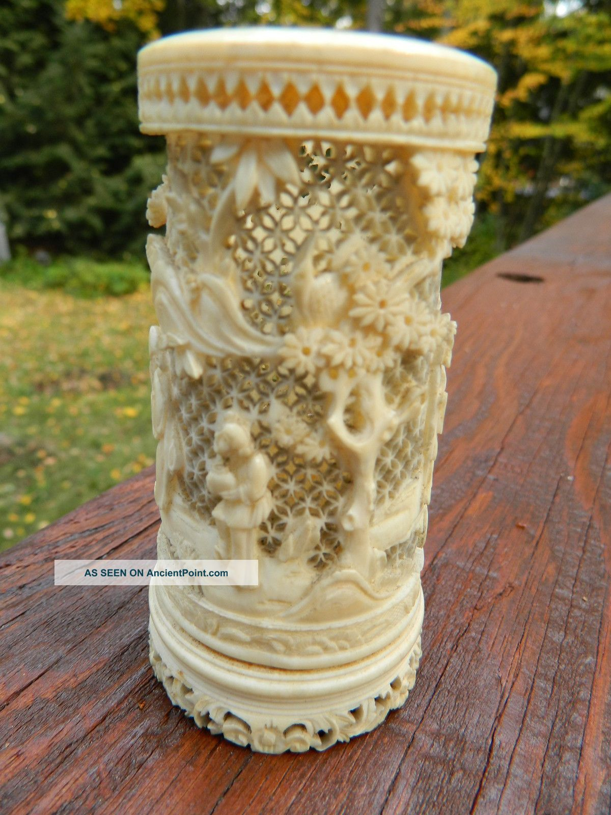 Antique Chinese Carved Faux Ivory Ox Bone Jar Urn Boxes photo