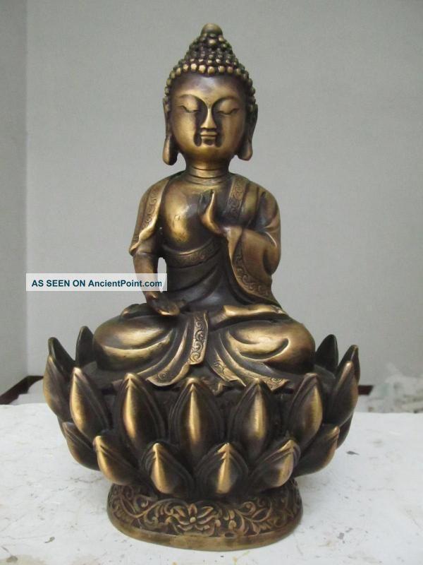 China Old Brass Healing Medicine Buddha Sakyamuni Bhaisajyaguru Buddha Statue Reproductions photo