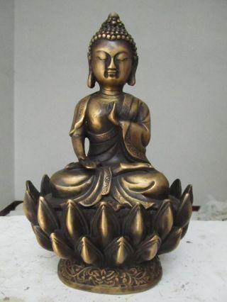 China Old Brass Healing Medicine Buddha Sakyamuni Bhaisajyaguru Buddha Statue photo