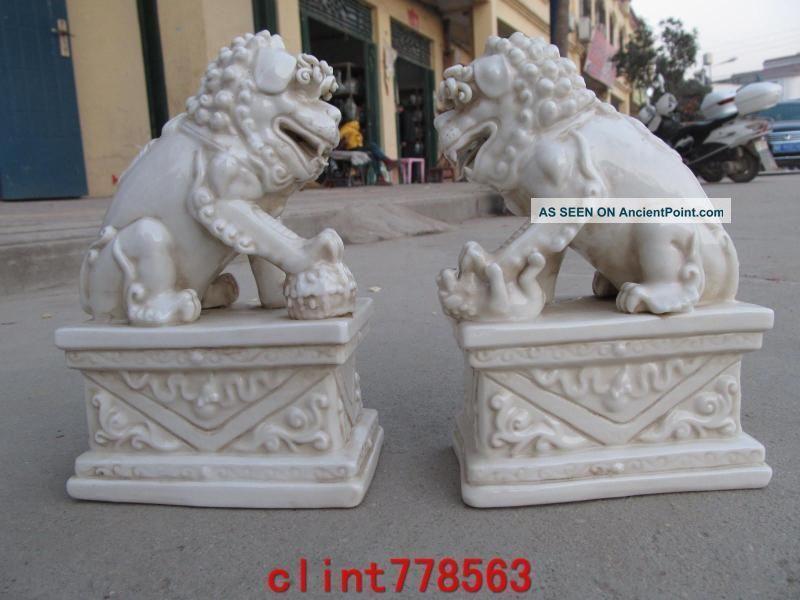 Chinese Folk Art Refined De Hua White Porcelain Evil Door Foo Dog Lion Pair Reproductions photo